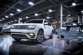 volkswagen atlas black 2018 vw atlas r line first look arrives may 2017 to usa showrooms