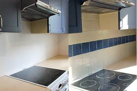pose de faience cuisine pose carrelage mural cuisine maison design bahbe com