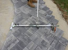 Cutting Patio Pavers How To Easy Way To Paver Walkway For Cutting
