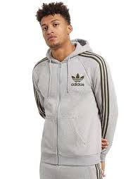 wears size medium on invaber zip hoodie from adidas originals
