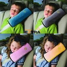 protege ceinture siege auto bébé coussin oreiller ceinture de sécurité auto enfant et bébé concept