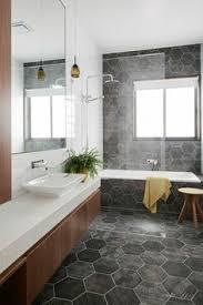 19 narrow bathroom designs that everyone need to see narrow