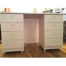 caisson bureau blanc bureau ikea blanc composé d un plateau et de 2 caissons de 4 tiroirs