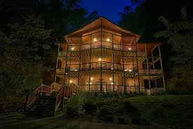 4 bedroom cabins in gatlinburg 4 bedroom cabins in the smoky mountains timber tops cabin rentals