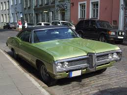 green station wagon with wood paneling pontiac executive wikipedia