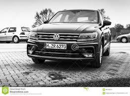 volkswagen tiguan 2017 r line volkswagen tiguan 4x4 r line model 2017 editorial image image