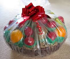 christmas fruit baskets diy easy christmas gift ideas and celebrations