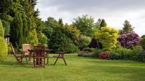 il giardino come arredare il giardino in modo sostenibile deabyday tv