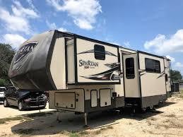 Horse Trailers For Rent In San Antonio Texas New Or Used Rvs For Sale In San Antonio Texas Rvtrader Com