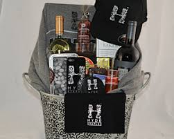 custom gift basket fancifull gift baskets los angeles california