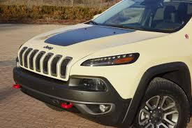 tan jeep cherokee jeep unveils wrangler grand cherokee cherokee concepts in moab