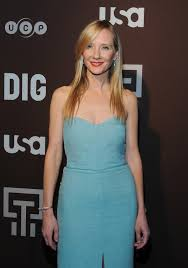 anne heche and jason issac at dig series new york premiere 12 fabzz