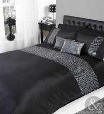 bedroom decorating ideas for a gray bedroom bedspreads that go