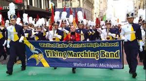 thanksgiving day shopping walled lake central viking marching band at macy u0027s thanksgiving