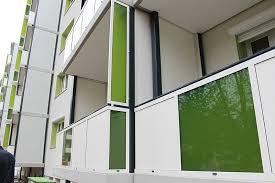 balkon sichtschutz aus glas sichtschutz aus glas dsp acryl und hpl platte für ihren fbs balkon