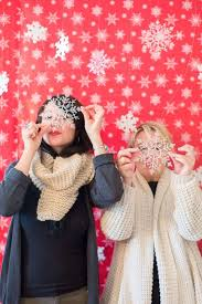 Photo Backdrops For Parties 12 Fun Family Christmas Party Ideas Holiday Party Food And Decor
