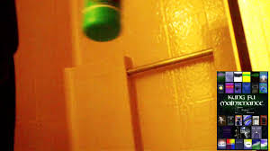 How To Clean Painted Bathroom Walls How To Clean Dirty Stained Fiberglass Tub Or Shower Enclosure