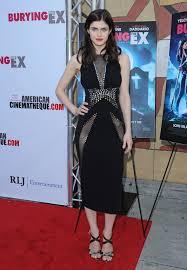 The Ex Alexandra Daddario U0027burying The Ex U0027 Premiere In Hollywood