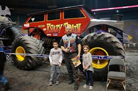 monster truck show boston evan and lauren u0027s cool blog 2 15 14 monster jam 2014 at the dcu