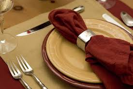Dining Room Table Setting Dishes 44 Terrific Table Setting Ideas For Dinner Holidays 2018