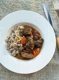 la cuisine de ricardo boeuf à la moutarde et à l orge recipe braised beef beef