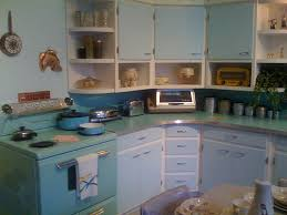 Vintage Blue Cabinets 20 Retro Kitchens That I Need In My House Page 2 Of 2 Mommyish