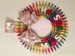 handmade crayola crayon christmas wreath for my classroom door