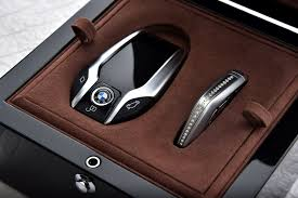 koenigsegg ccx key bmw 750li xdrive solitaire 22 jpg 1900 1268 places to visit