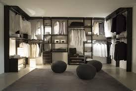 stanza guardaroba gli accessori della cabina armadio più utili per un guardaroba