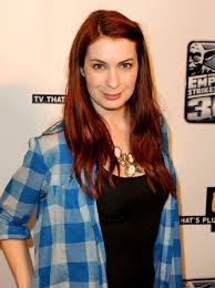 what is felicia day s hair color felicia day long straight cut felicia supernatural and winchester