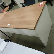 Maple Reception Desk by Omni Desk Table Brazilwood Honey Maple Worksurface Wt White