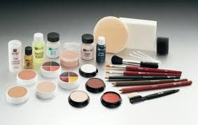 Special Effects Makeup Schools In Ohio A Beginner U0027s Guide To Special Effects Makeup Her Campus