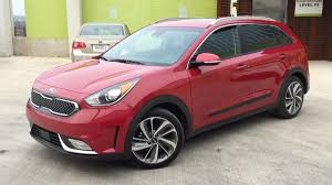 kia finally unveils the all new stonic compact crossover autoblog
