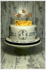 New Years Eve Cake Decorating Ideas by 32 Best Happy New Year Cakes Images On Pinterest New Year U0027s Cake