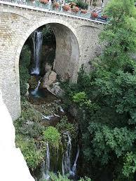 moustier sainte chambre d hote cascade de moustier sainte ponts cascades fleuve