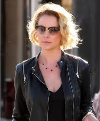 katherine heigl hairstyle gallery katherine heigl just chopped her hair into a pixie instyle com