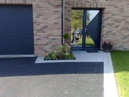 deco entree exterieur les entrées de garage en enrobé entrée de garage pinterest
