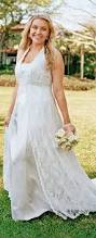 read about plus size wedding dresses for apple shaped women with