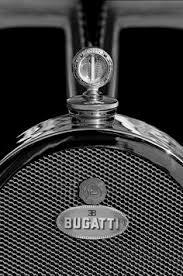 the bugatti type 41 royale elephant ornament motor