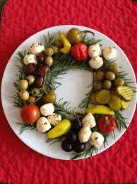 holiday cocktail party antipasto wreath christmas cocktail