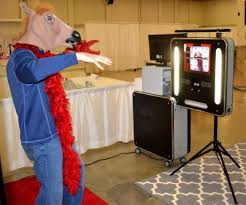 Open Air Photo Booth Snohomish Photo Booth Rentals Weddings Parties Events