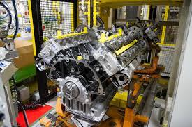 nissan titan diesel engine nissan and cummins talk about how good the 2016 titan xd u0027s diesel