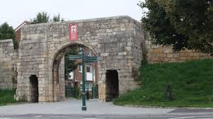 york s city wall at fishergate closed over subsidence safety