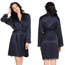 robe de chambre soie peignoir en soie avec bordure en dentelle