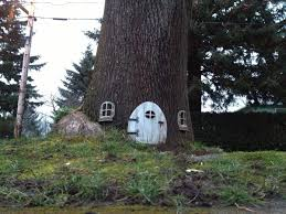 Treehouse Examples 7 Tree House Designs That Will Have Your Inner Child Squealing With