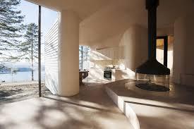 lakeside cabin criss crosses outward central fireplace u2013 homyxl