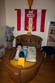 Pirate Ship Bedroom by Piaw U0027s Blog Review Little Tikes Pirate Ship Toddler Bed