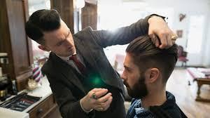 trouver sa coupe de cheveux homme cheveux coupe de cheveux entretien et conseil l express