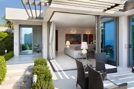 photos d extension de maison choisir ses fenêtres en fonction du style de sa maison travaux com