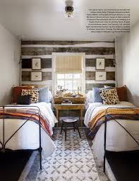 Small Beds by Bedroom With Two Beds Idea For A Shared Bedroom Desk Between The